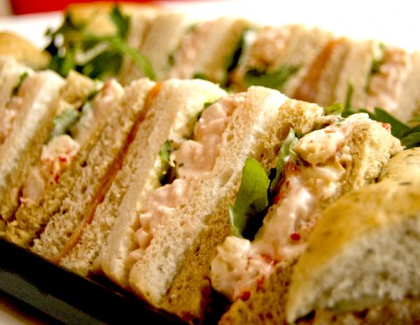 seafood-sandwich